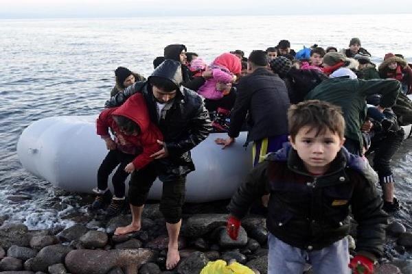 ترکیه خواستار بازگشایی دروازه های یونان به روی مهاجران شد