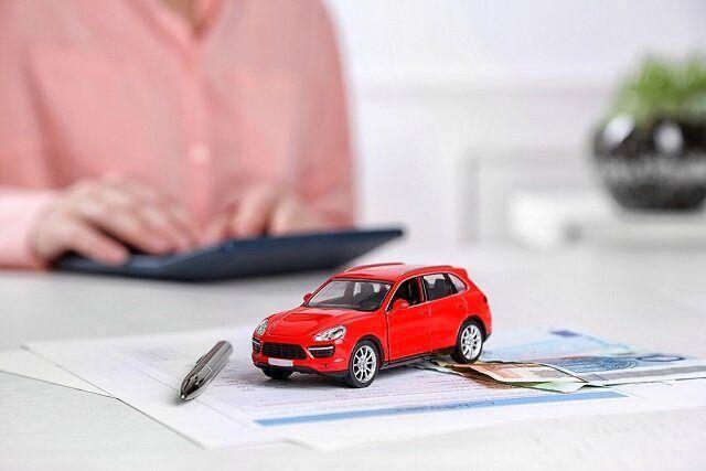 چرا قیمت بیمه بدنه در شرکت های مختلف متفاوت است؟