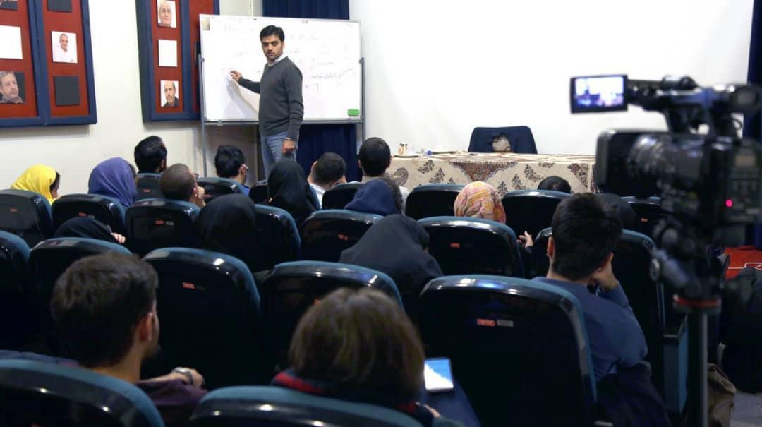 کارگاه آموزشی بیان تجربه در اخذ گرنت بین المللی امروز 22 مردادبرگزار می شود