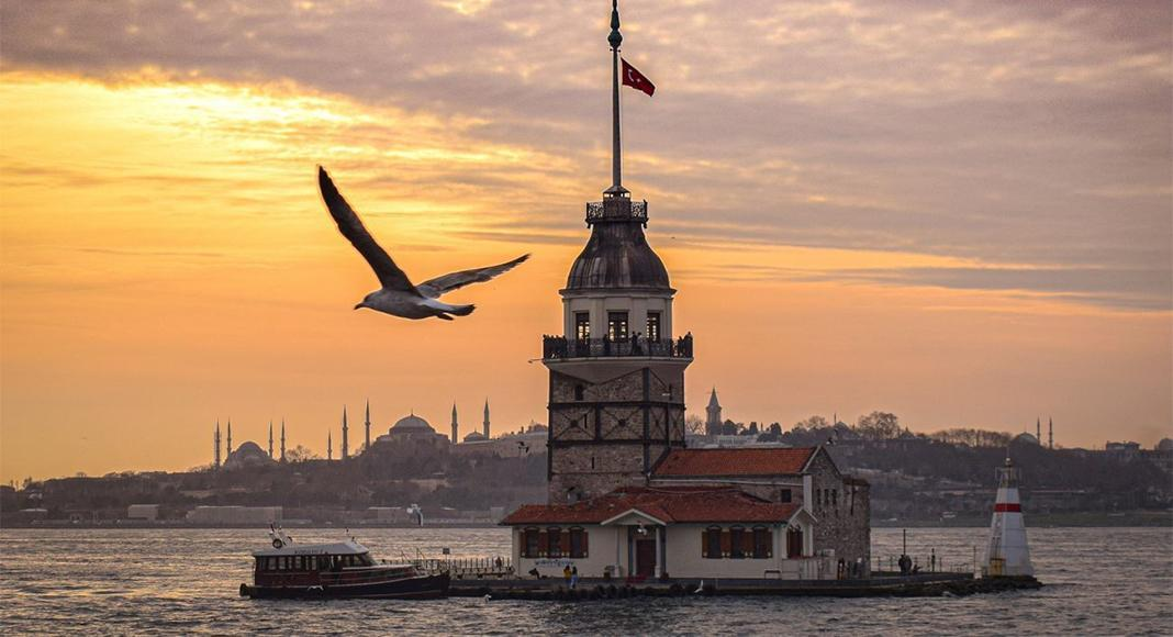 برنامه پروازهای استانبول