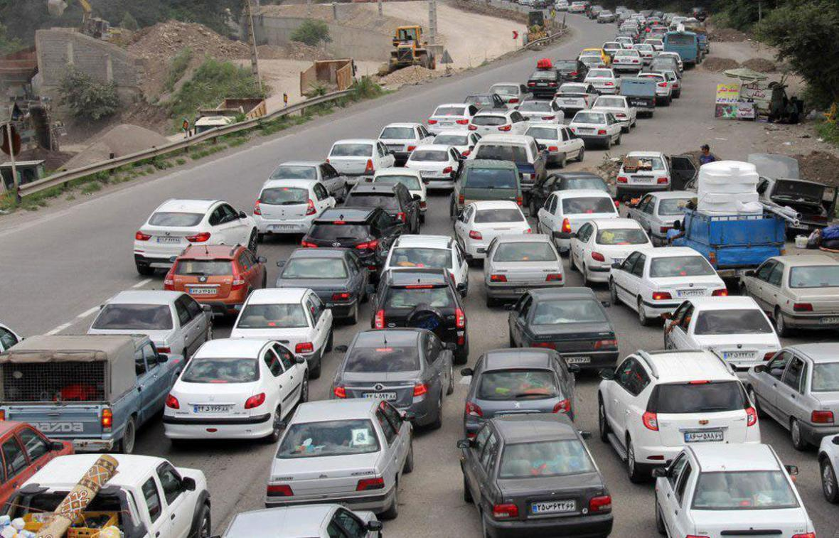 خبرنگاران ترافیک در ورودی و خروجی های مشهد سنگین و پرحجم است