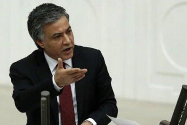 نیاز به قانون اساسی جدید، در ترکیه، دولت تک نفره حاکم است