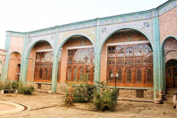 خبرنگاران جلوی فروش مدرسه راهنمایی ارومیه باید گرفته گردد
