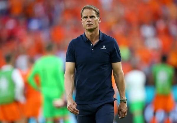 یورو 2020، دی بوئر: تا قبل از اخراج دی لیخت هلند تیم برتر بود، گل دوم چک برنامه ام را به هم ریخت